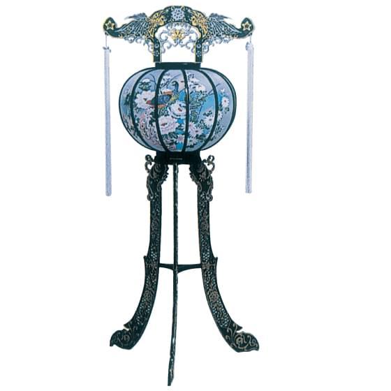 花背灯(高さ108cm)